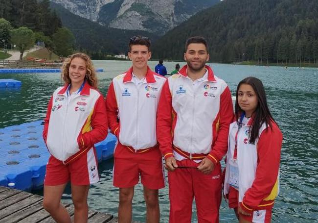 Archivo:2018 ECA JUNIOR & U23 CANOE.jpg